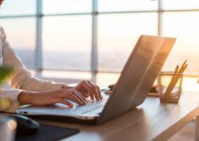 Prospecção de clientes para um advogado pela Internet