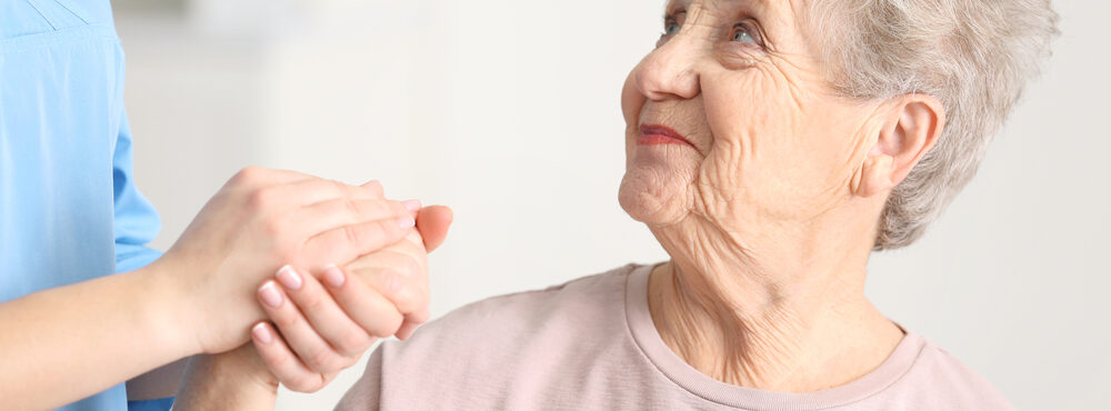 Idosos com mais de 80 anos ganham prioridades