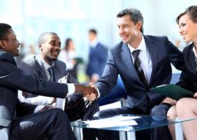 Como realizar reuniões produtivas em uma empresa